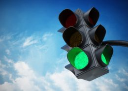 Consecutive Green Light's Can Improve Migraines - Health Council